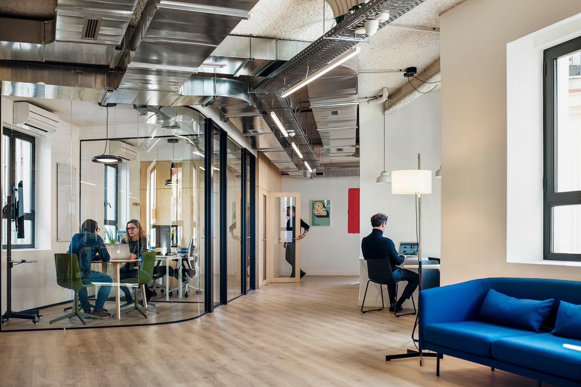 Elastiko proyecta la primera oficina Cloudworks en Madrid.